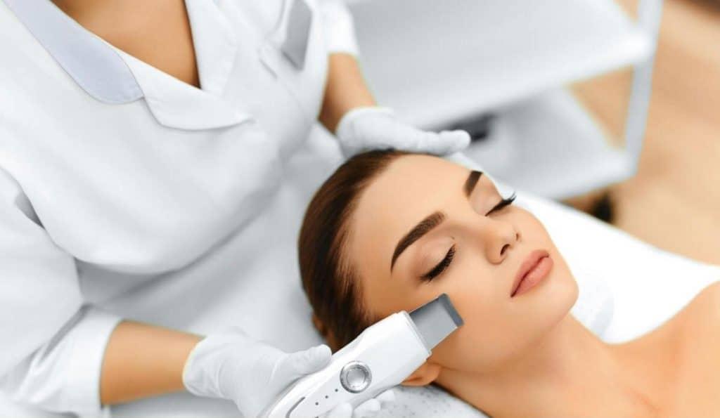 Clique® Medi-Facial - Medi Facial Poster Website Version 1 1
